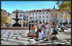 Happy people at Lisboa