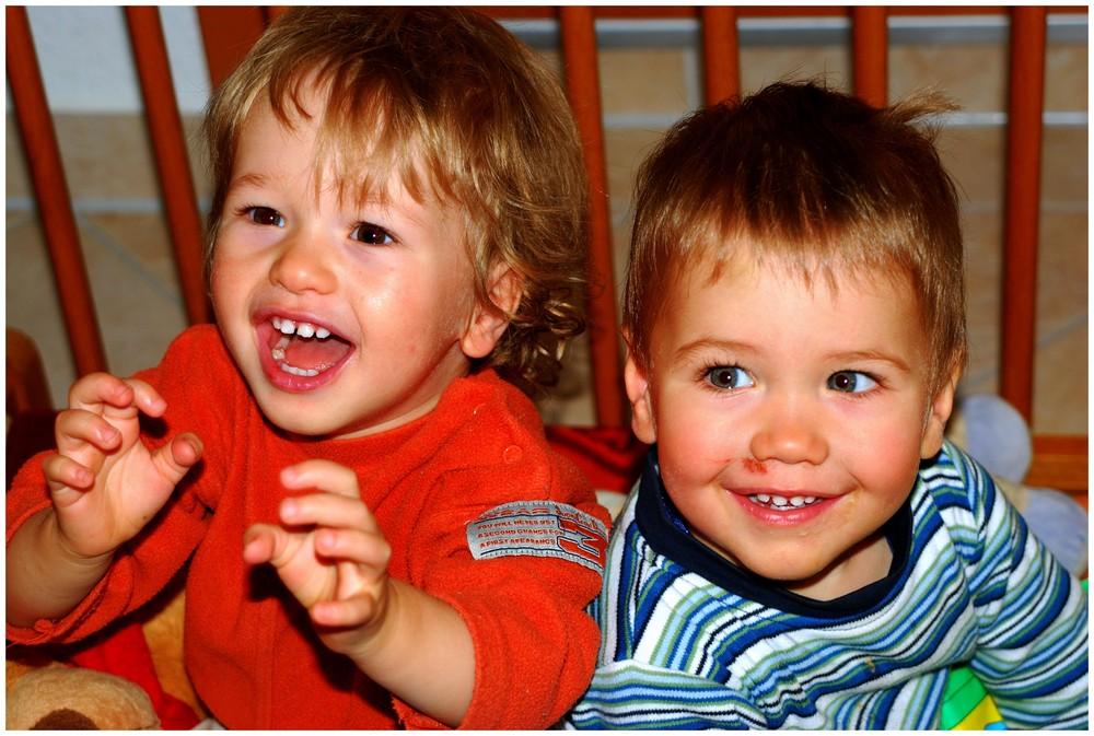 ...happy Twins, Kinder wie sie sein sollten!