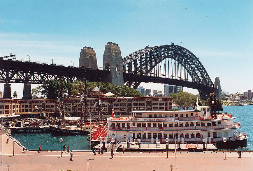 Harbour- Bridge /Sydney
