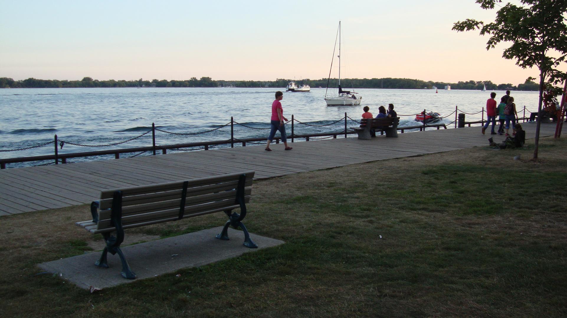 Harbour Square Park East-Toronto,Ontario 2013