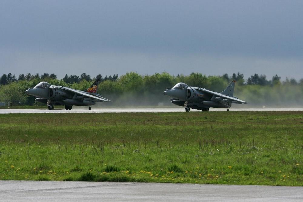 Harrier Double