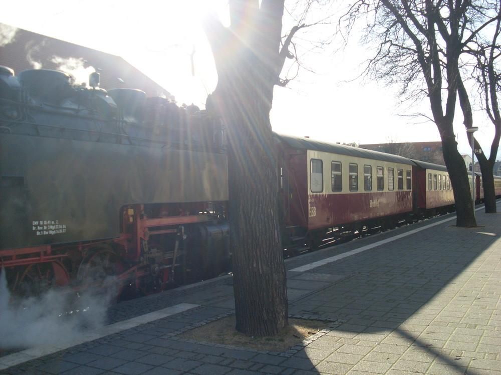 Harzquerbahn im Sonnenstrahl