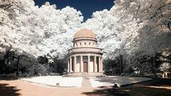 Hauptfriedhof FFM  - Mausoleum Gans