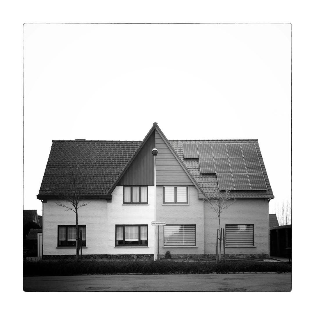 - Haus -