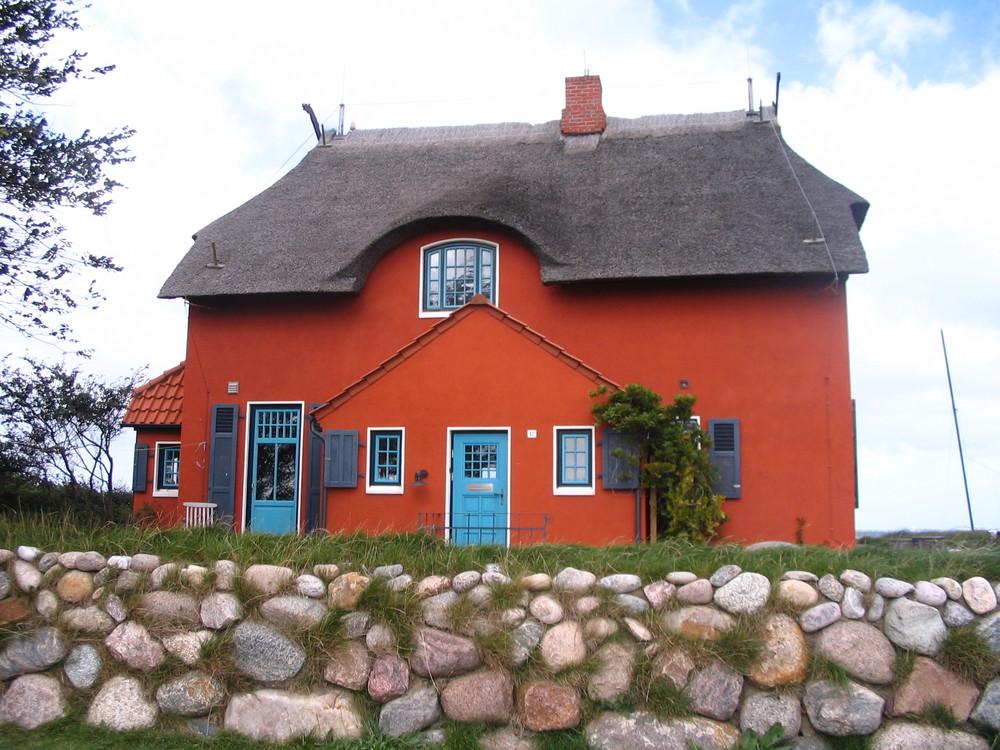 Haus am Strand vor der Insel Fehmarn Foto & Bild