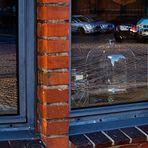 Haus Boden auch innen gepflastert (Spiegeltag)