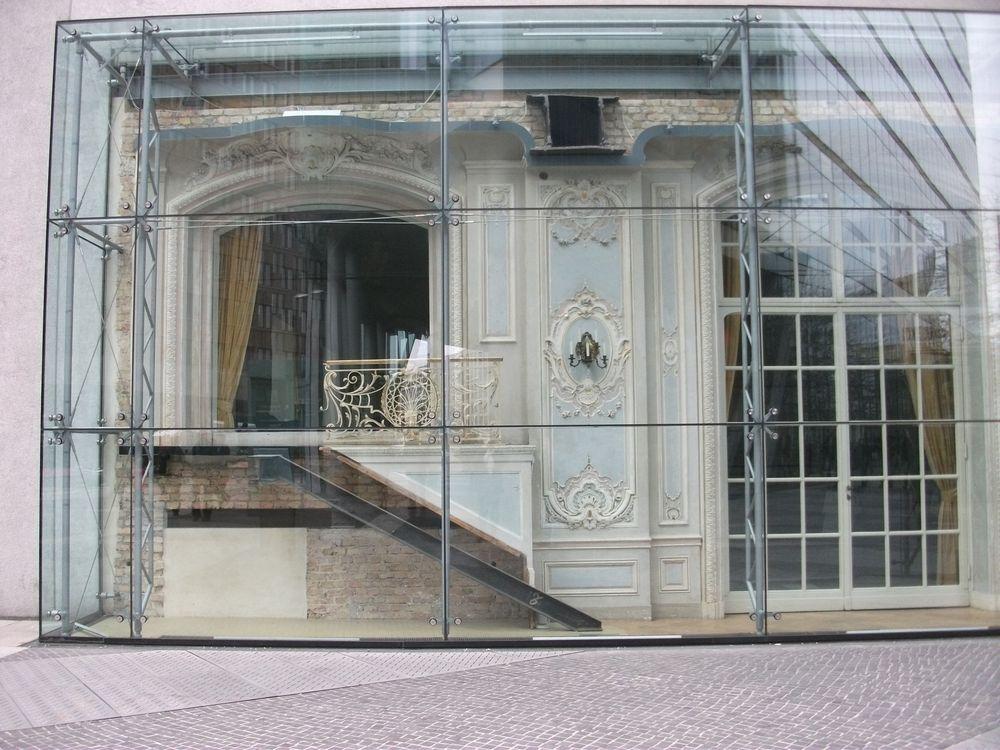 haus hinter glas in berlin am potsdamer platz foto bild architektur stadtlandschaft. Black Bedroom Furniture Sets. Home Design Ideas