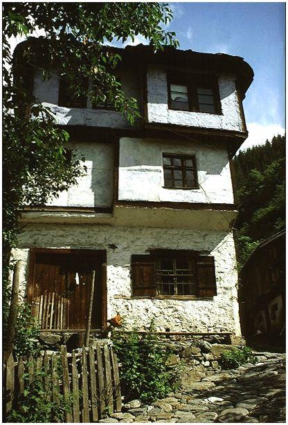 Haus in Schiroka Lyka