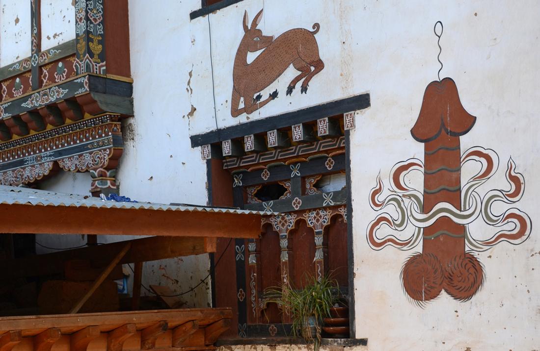 Hausbemalung in Bhutan
