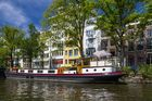 Hausboot mit Landstrom