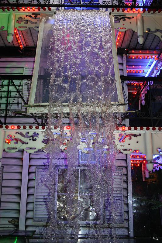 Hauseigener Wasserfall........!!