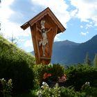 Hauskreuz in Flirsch