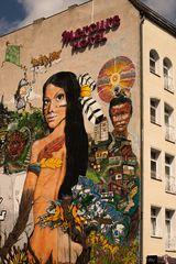 Hausmalerei am Gleisdreieck in Berlin