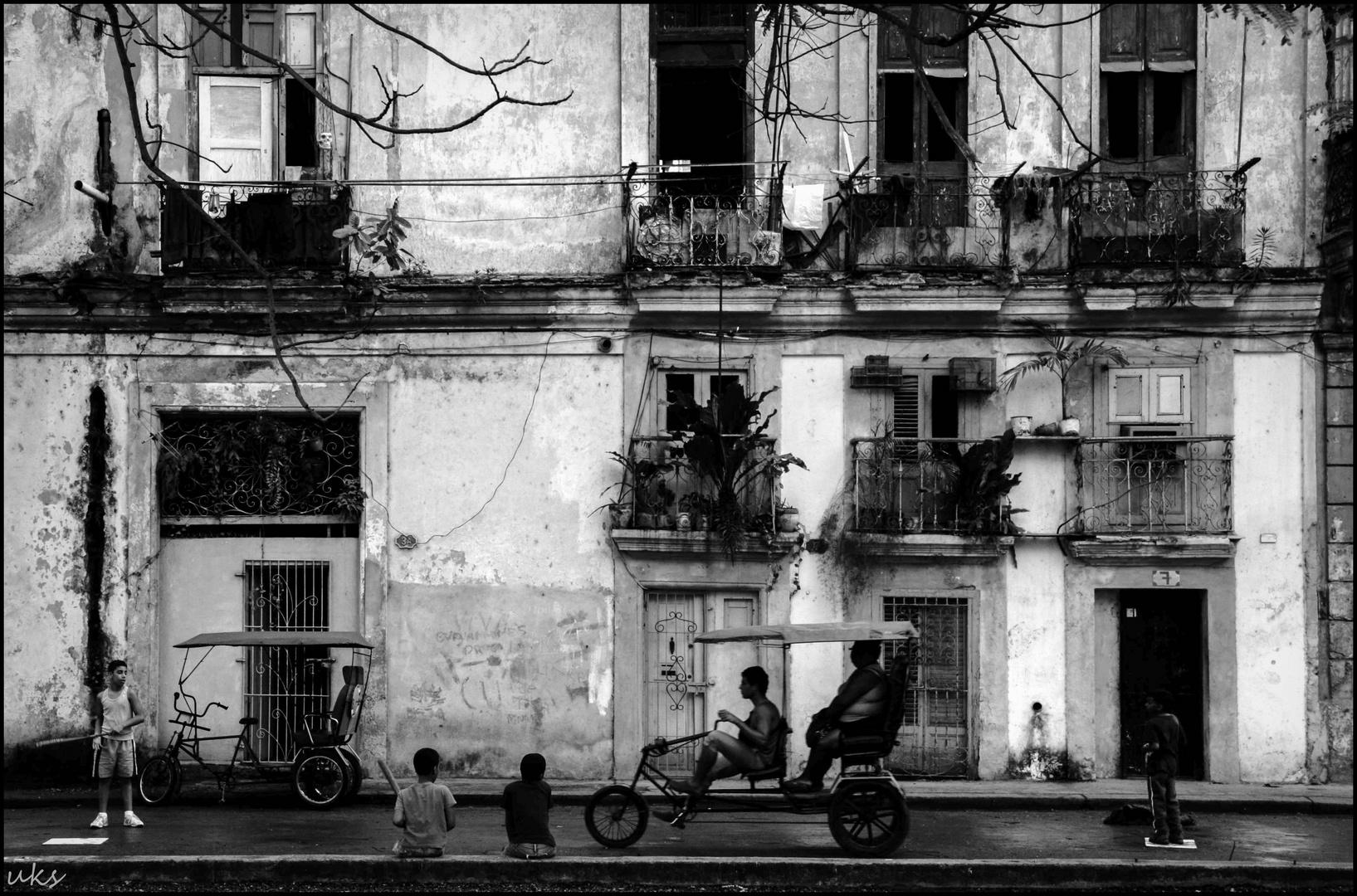 Havanna, Street, Boys and Taxi