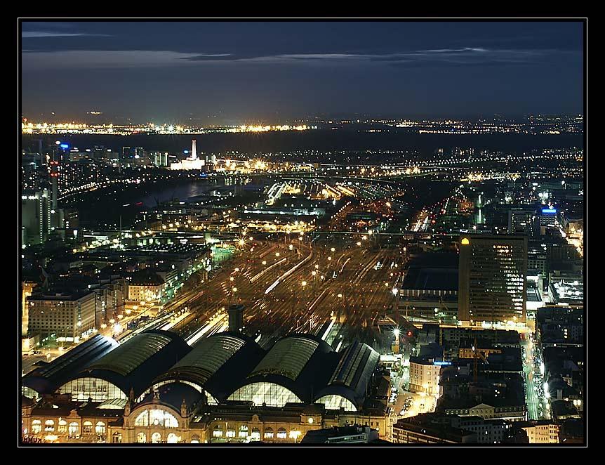 HBF Frankfurt von HeLaBa Tower aus