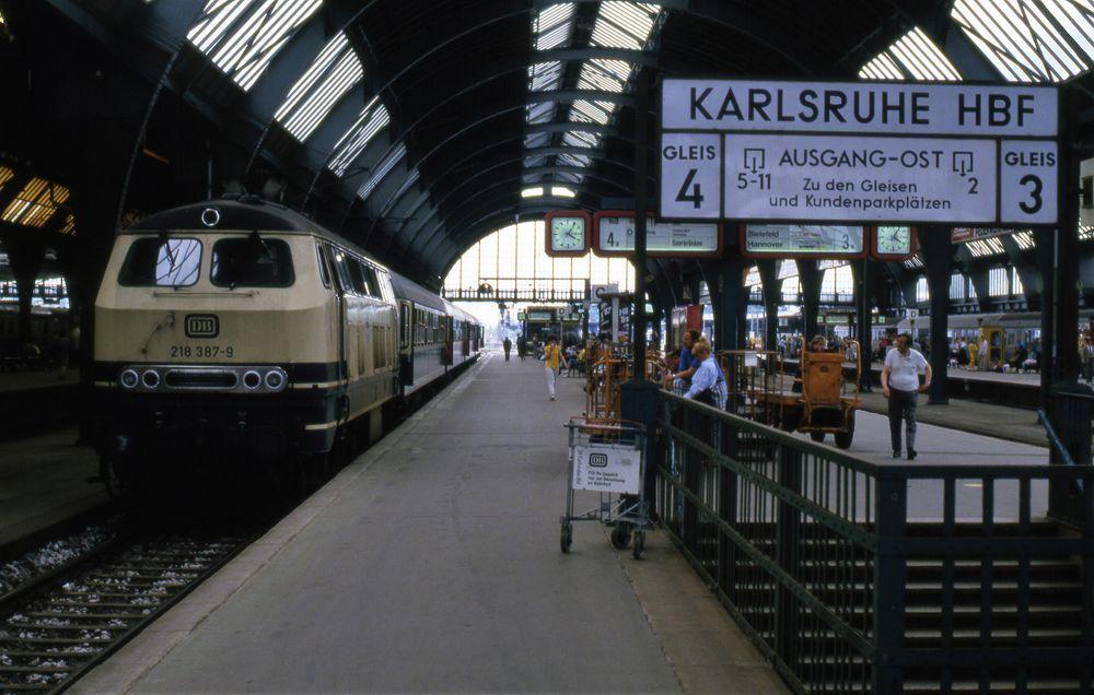 Karlsruhe Hbf Südseite