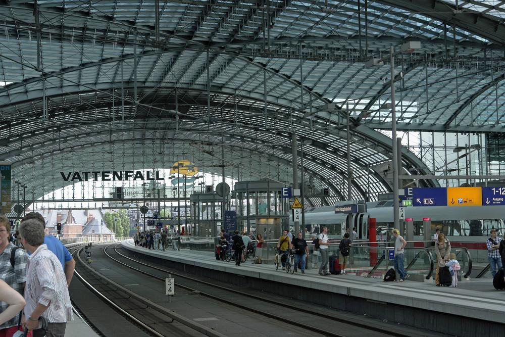 Hbf./ Lehrter Bahnhof, Gleisebene 11- 16 (2.)