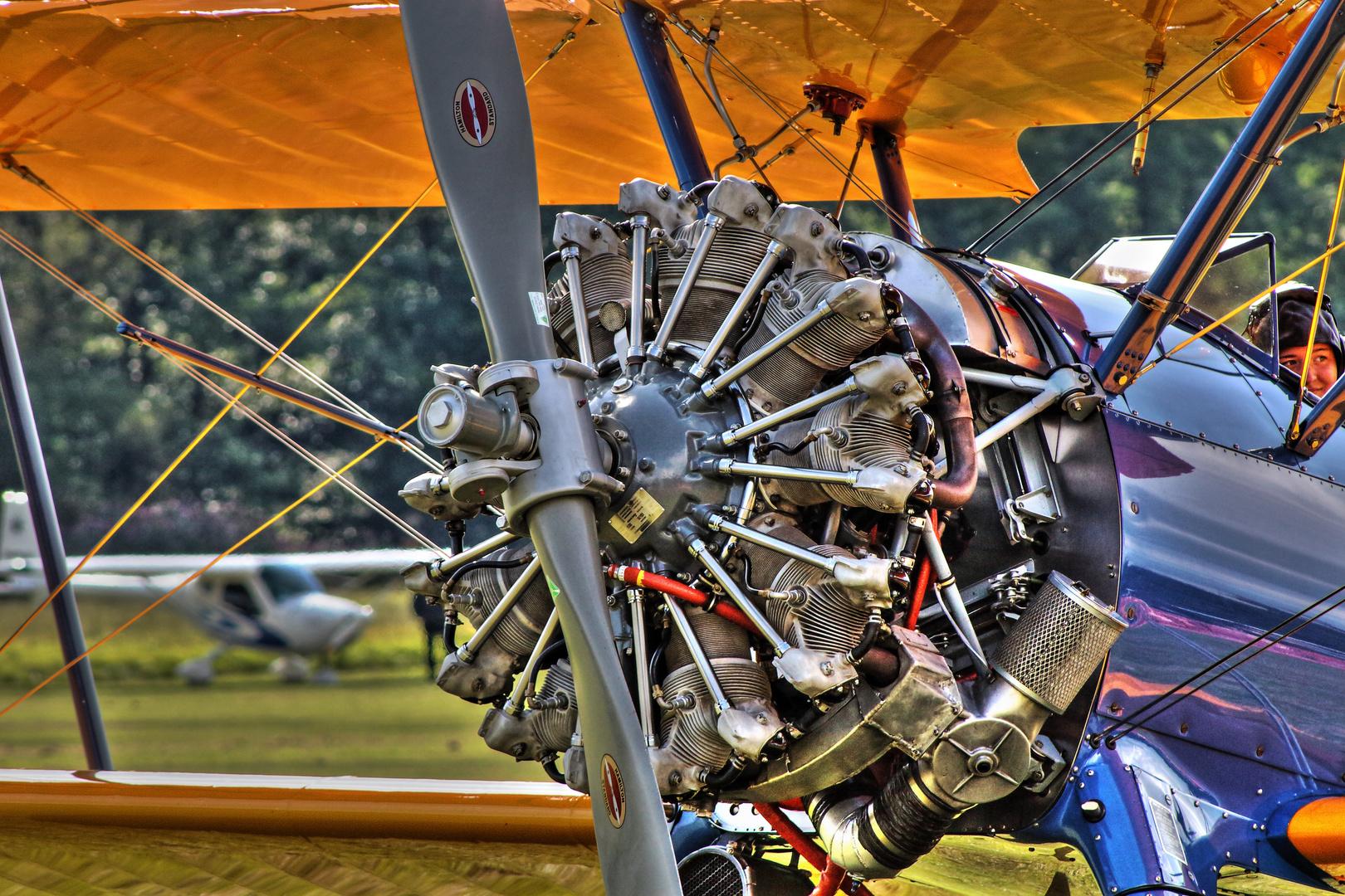 HDR Boeing Stearman Motor