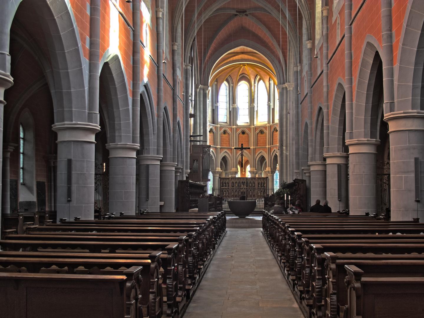 HDR- Innenansicht Kloster Marienstatt