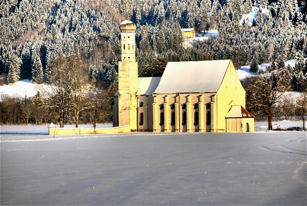 HDR Kirche in Schwangau bei später Mittagssonne Februar 2009