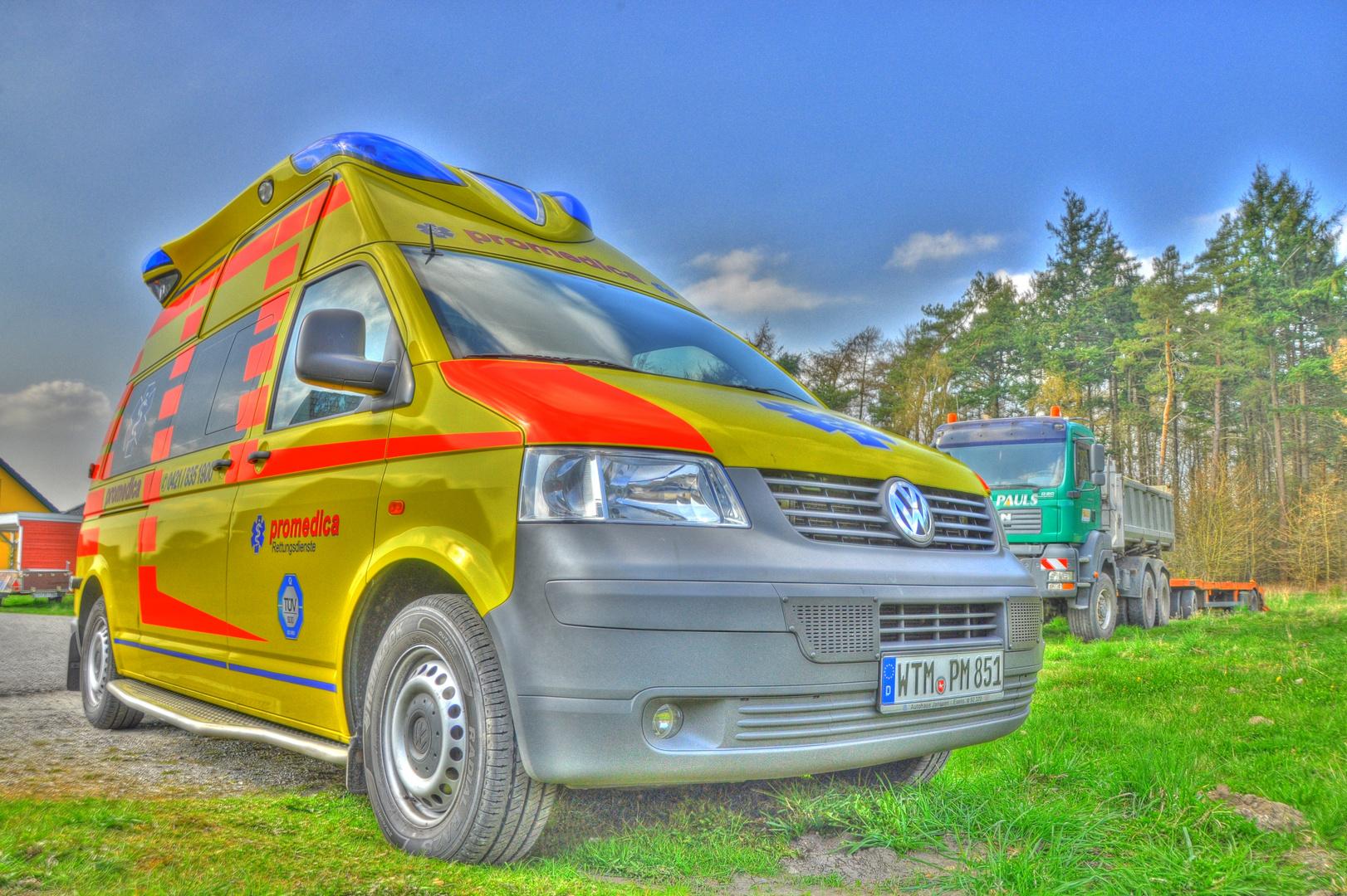 HDR - Krankenwagen