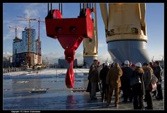 Heavy lift vessel Svenja, 20 Tonnen ... - 20 tons is the weight of this hook