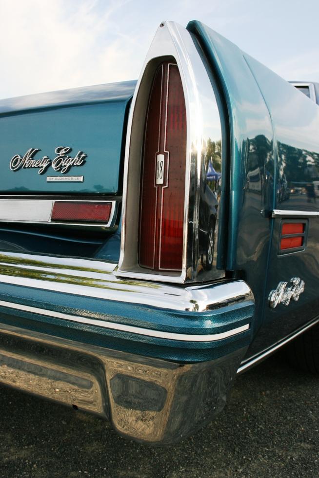 Heckleuchte 4: 1976 Oldsmobile Ninety-Eight