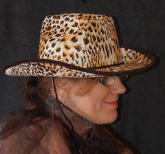 Heddy hat ein neuen Hut