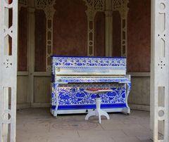 "Heilbronn, ""Porzelain Piano"""