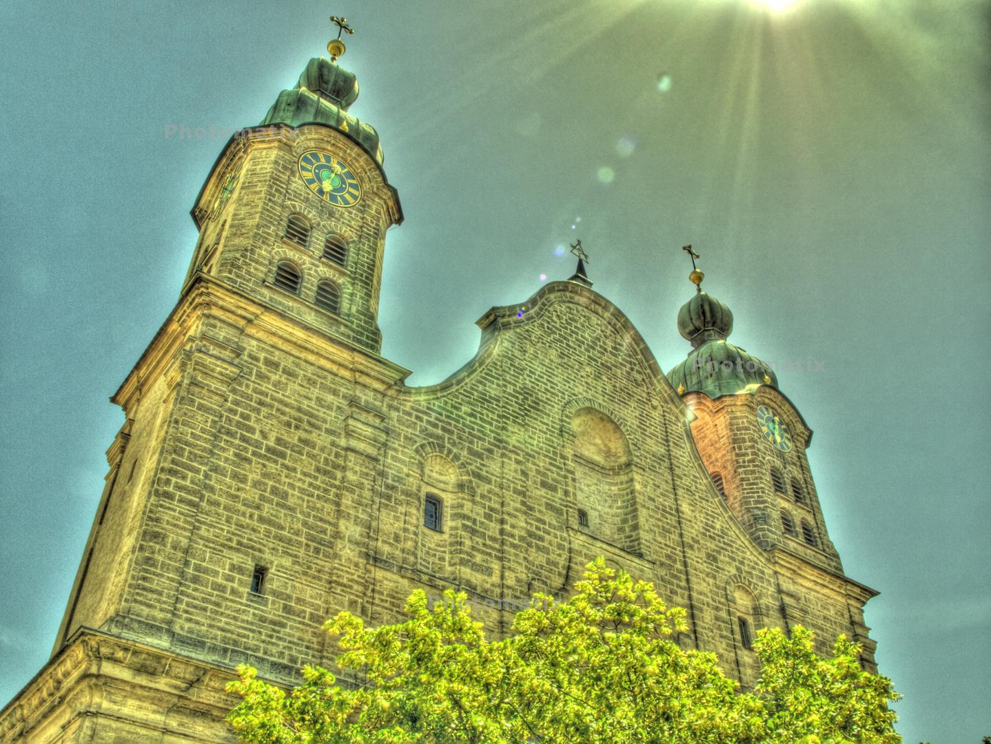 Heilig-Geist-Spital-Kirche-aussen