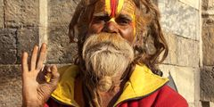 Heiliger Mann am Pashunipath Tempel (4)