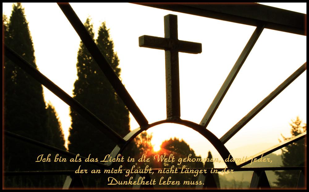 Heiliger Sonnenaufgang - Kreuz