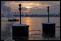 Hein duk di, en Damper kümmt - Henry, look out, a steamboat is comming