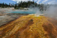 Heiße Quellen, West Thumb Geisir Basin                DSC_3872-2