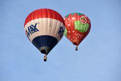 Heißluftballons zur Hanse Sail 2015