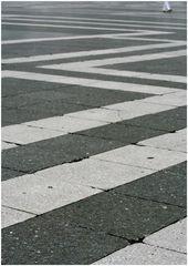 Heldenplatz [ to go the extra mile ]