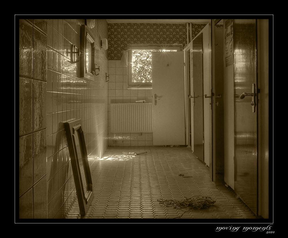 Helenas - Die Party ist schon etwas länger her   - Lost Place 7
