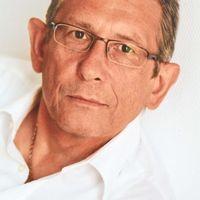 Helmuth Raschel
