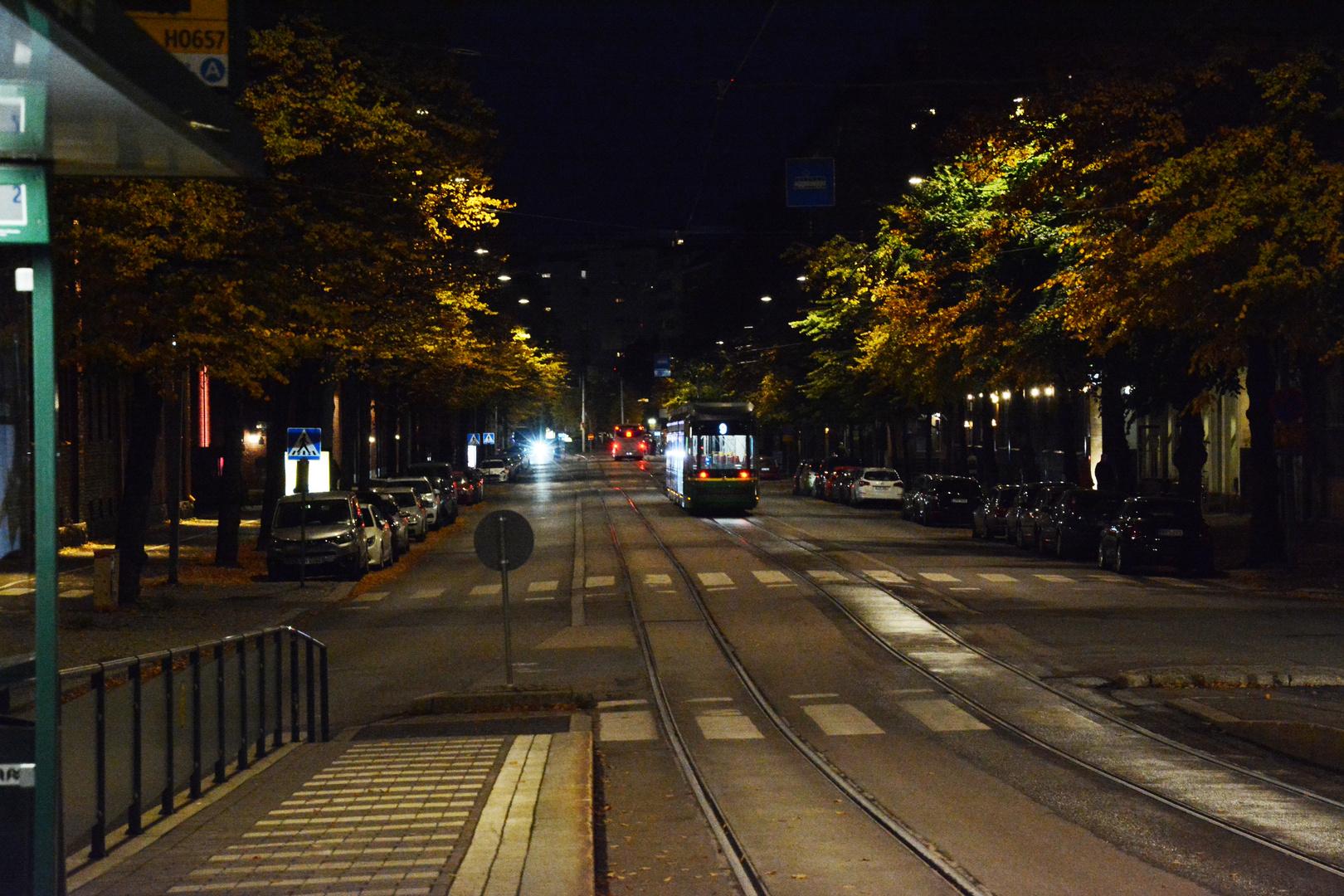Helsinki, Aleksis Kivenkatu at night