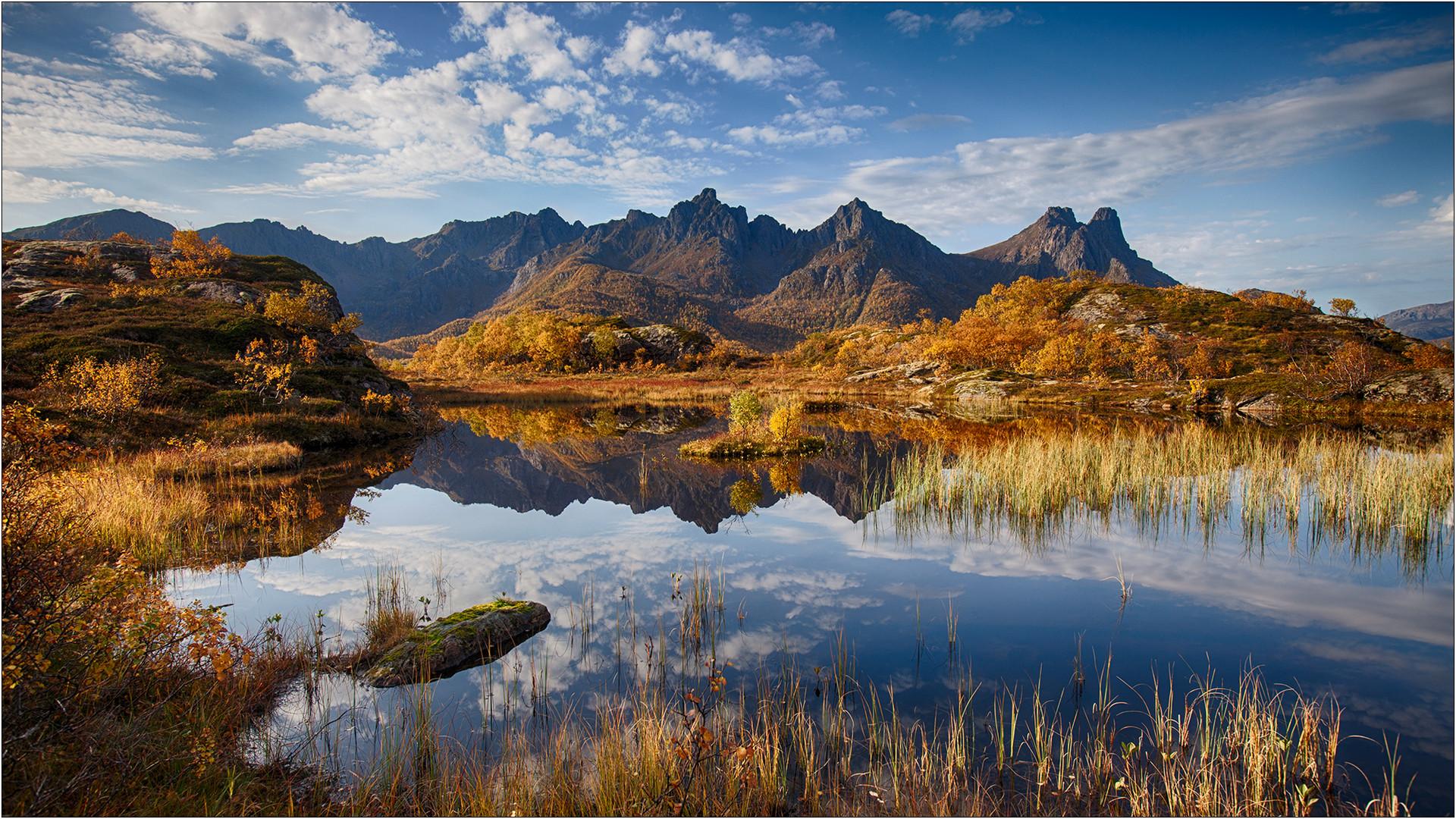 Herbst am Steinlandsfjord
