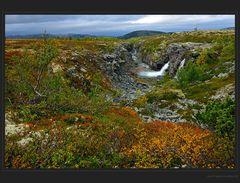 Herbst am Storulfossen
