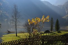 Herbst in den Bergen.