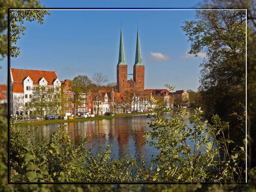 Herbstblick über Obertrave Lübeck