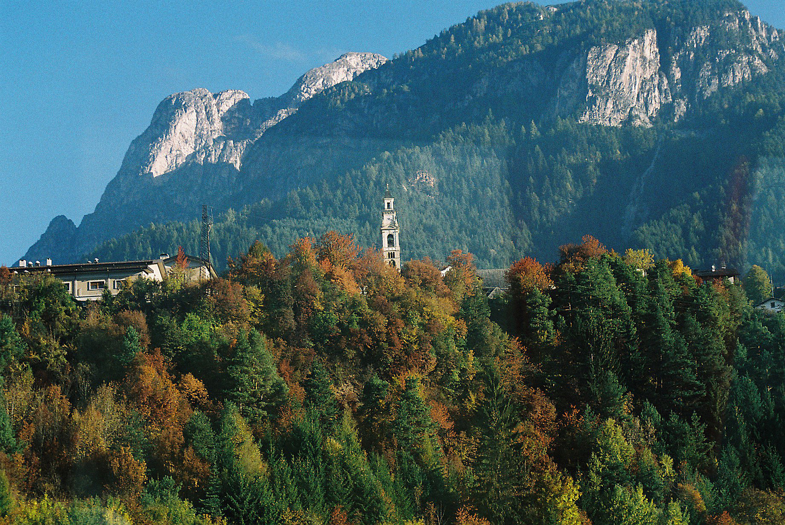 Herbstliche Berglandschaft - 1