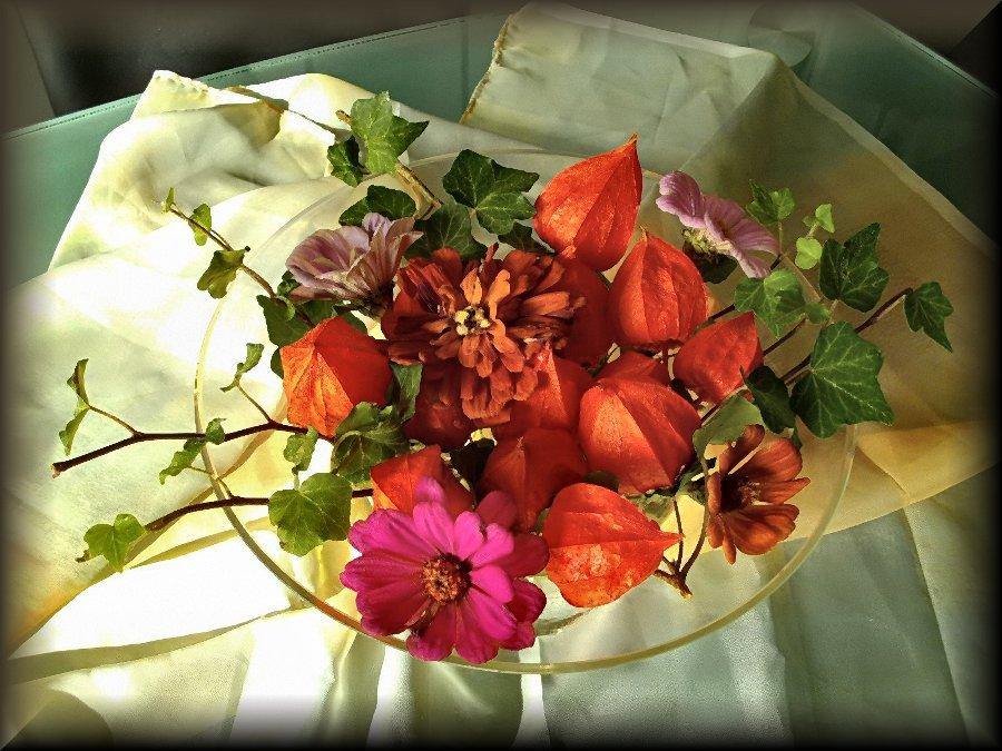 Herbstliche Tischdekoration herbstliche tischdeko foto & bild | jahreszeiten, herbst, blumen
