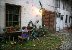 Herbstlicher Innenhof