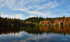 Herbstnachmittag am Bergsee (2)