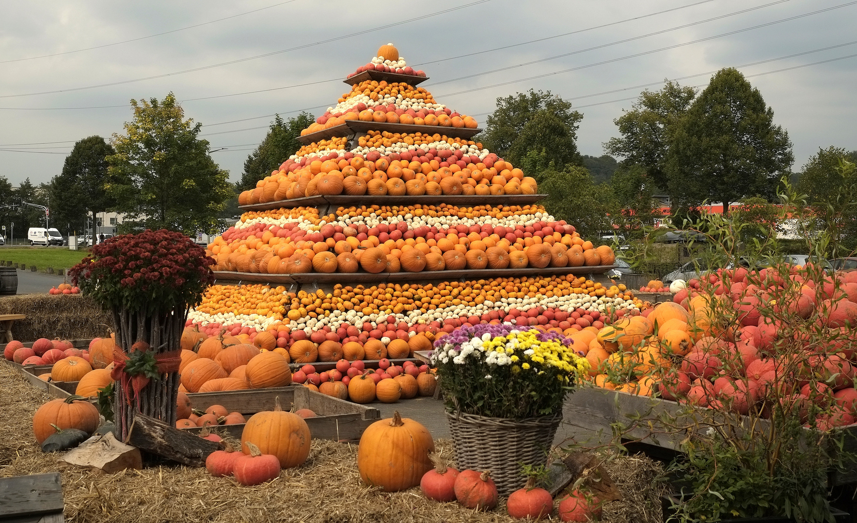 Herbstpyramide