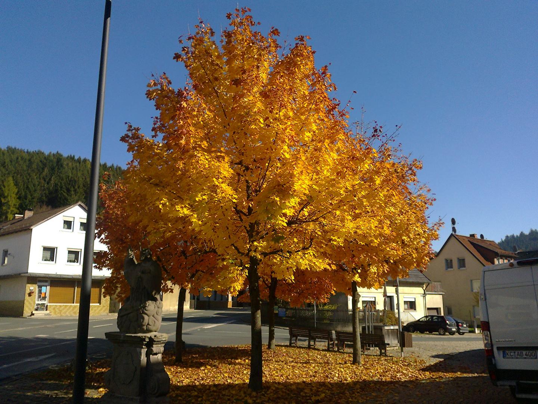 Herbstwetter in Wallenfels