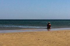 Hermann allein im Meer
